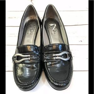 Life Stride Soft System Patent Leather Loafers
